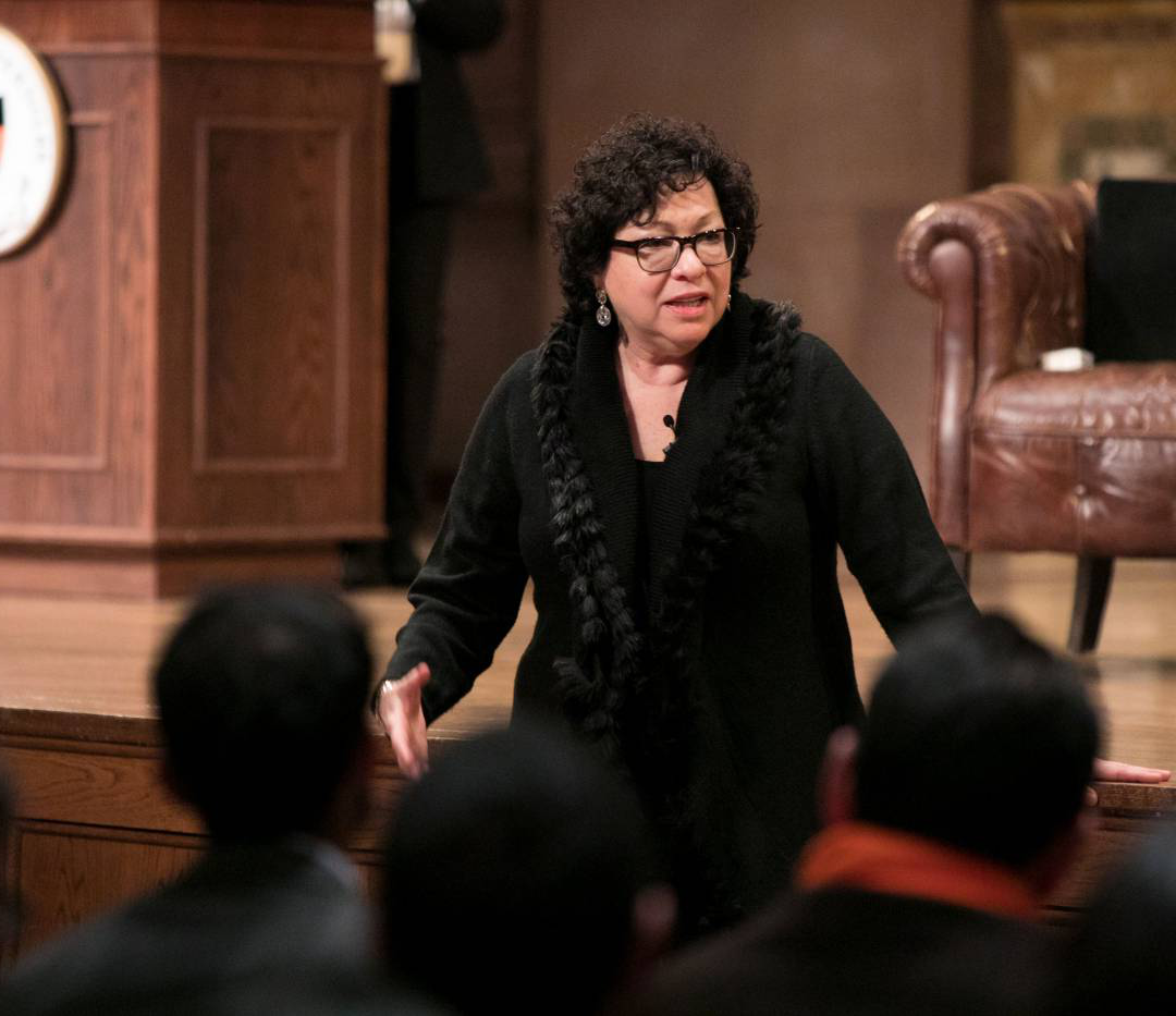 Sonia Sotomayor addressing audience in Richardson Auditorium